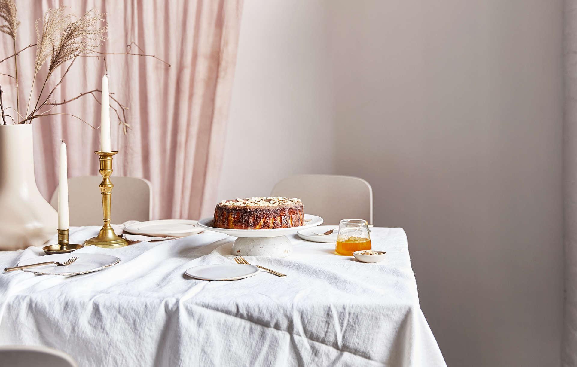 Cake Tablescape