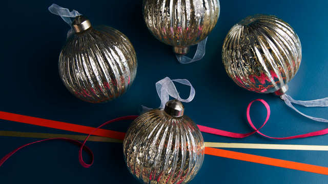 Mercury Ribbed Glass Bauble