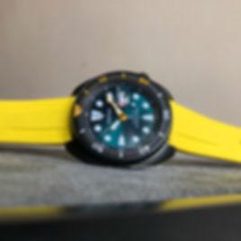yellowrub.jpg