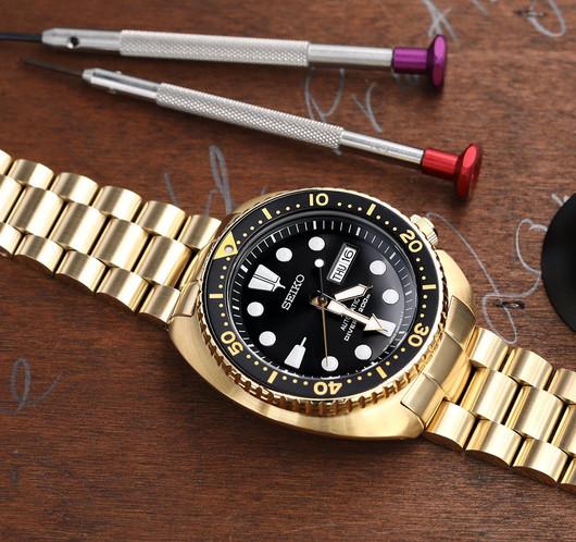 W_SS221820PFG045_Seiko-SRPC44-Gold-Turtl