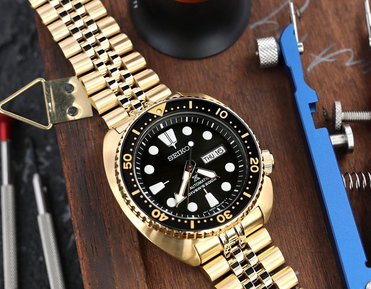 W_SS221820PFG046_Seiko-SRPC44-Gold-Turtl