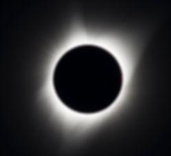 1280px-2017_Total_Solar_Eclipse_(3590995
