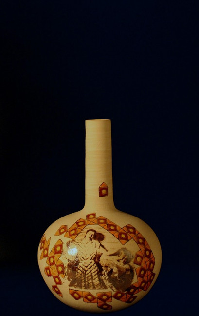 Wheel thrown stoneware | ceramic lithography | 37x23 cm