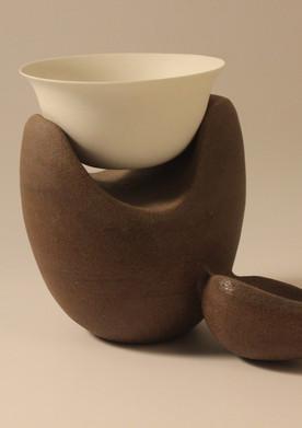 Wheel thrown & sculpted stoneware & porcelain | 28x22x18 cm