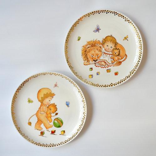 "Fine Porcelain Plate ""Leo"""