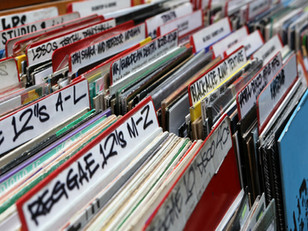 What the Kids Are Listening To These Days : confessions of a former music snob