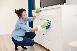 woman-with-sponge-rubber-gloves-cleaning