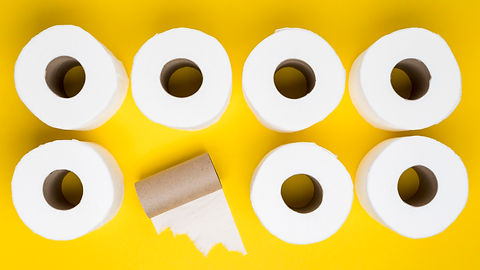 top-view-toilet-paper-rolls-with-cardboa