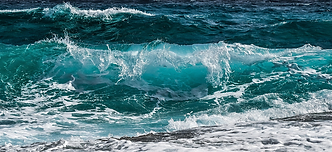 wave-3473335_1920_edited.png