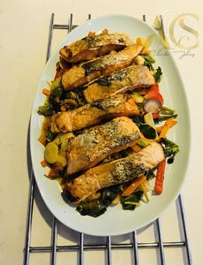 Stir fryer salmon