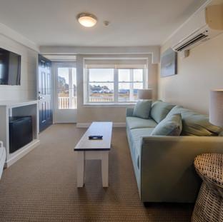 Junior Suite 16 - Living Room