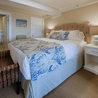 Junior Suite 16 - Bedroom