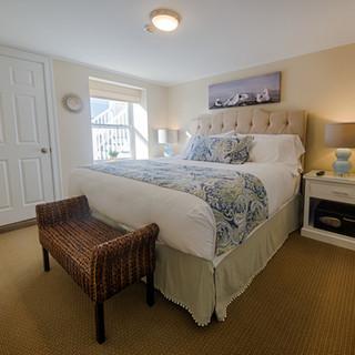 Suite 15 - King Bedroom