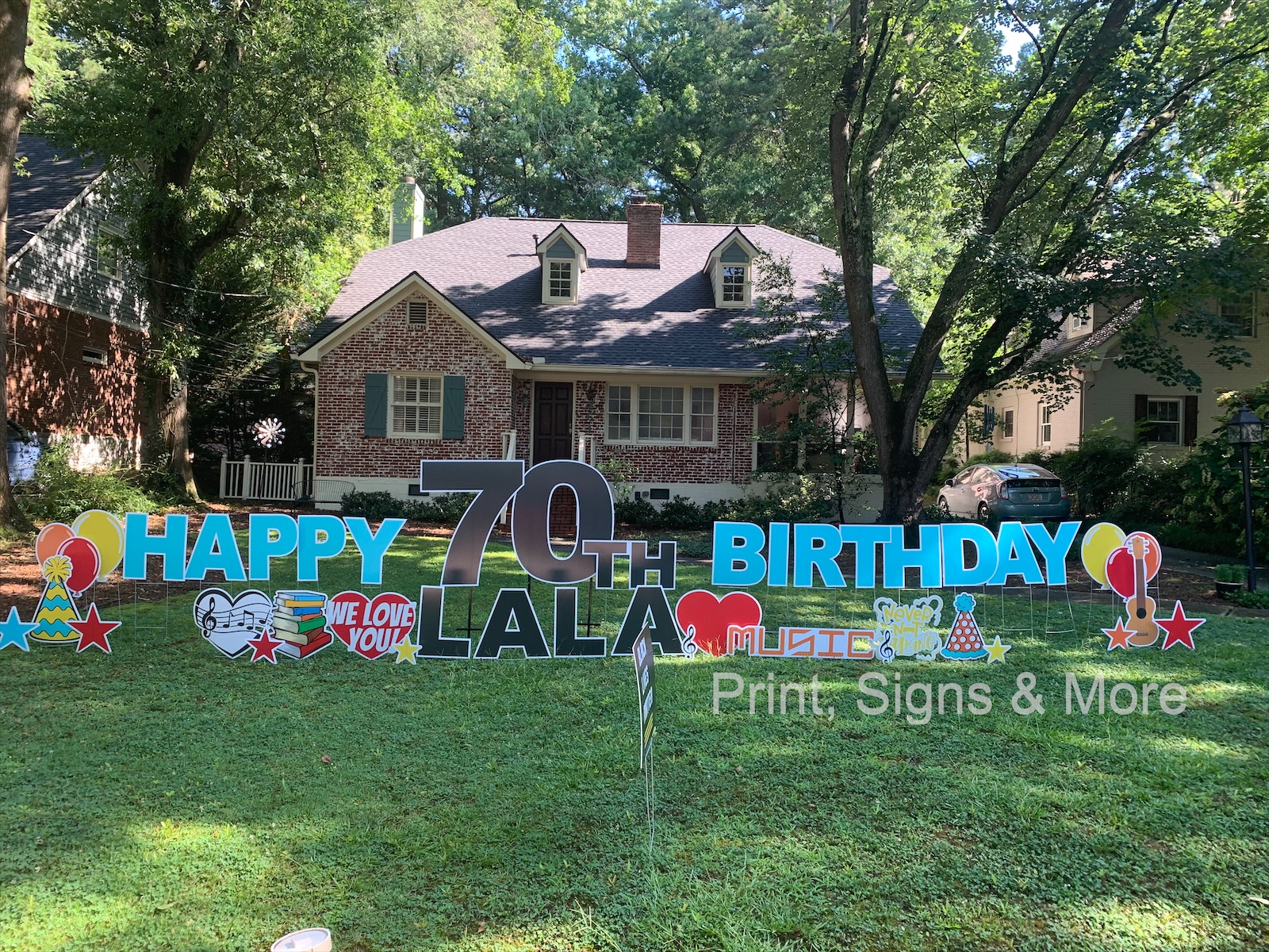 birthday yard sign for 70th birthday greeting