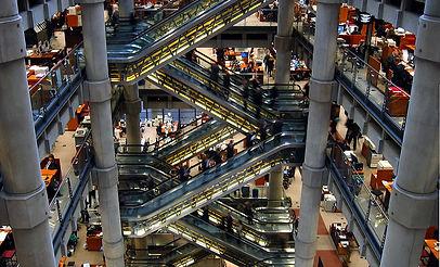 1024px-Inside_Lloyds_of_London.jpg