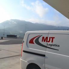 Pallets leveren in Madrid, Spanje door MJT Logistics