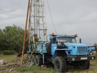 ГУП КК «Кубаньводкомплекс» продолжает работы по бурению артезианских скважин в Крымском районе
