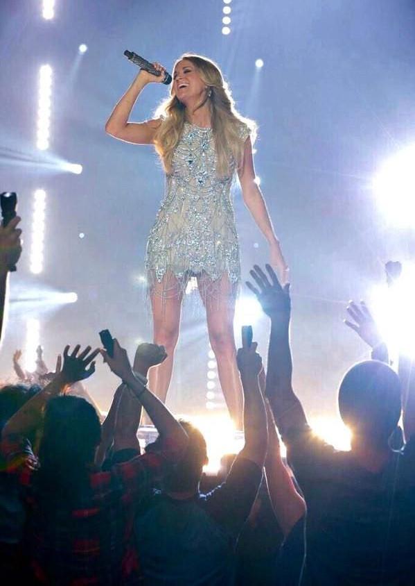 Carrie Underwood 8.jpg