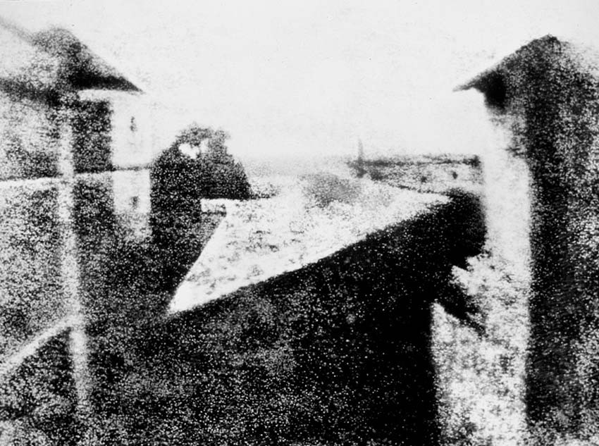First photograph ever taken, 1825