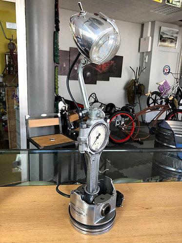 Lampe bureau piston-bielle N°9