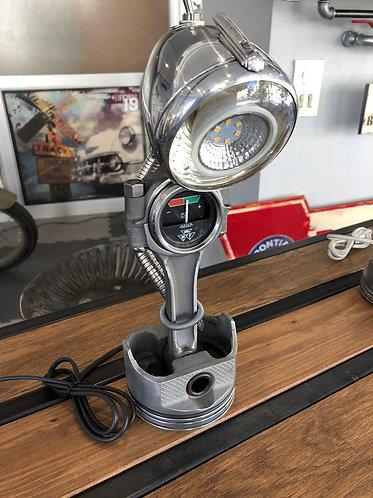 Lampe bureau piston-bielle