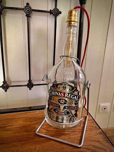 Lampe bouteille Whisky sur balancier