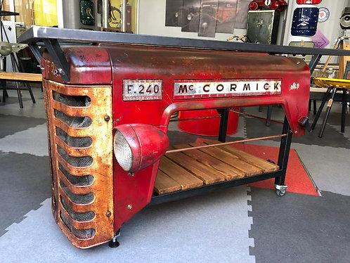 Table capot tracteur MC CORMICK F240 SLAMMED :)