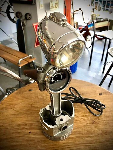 Lampe bureau piston-bielle N°17