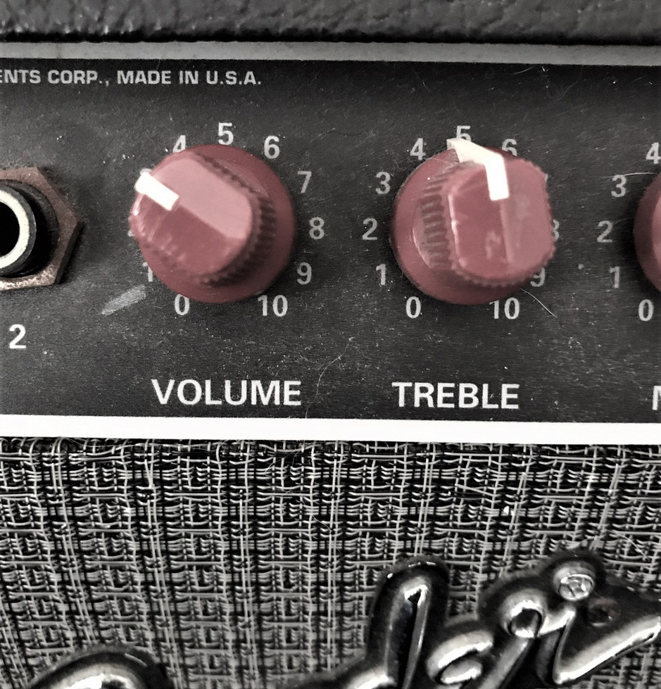 Fender Chorus - a solid staple in my home studio.