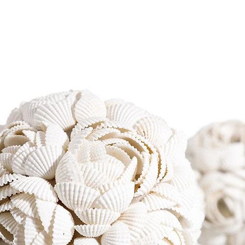 Boule de coquillages de Bali rose taille M