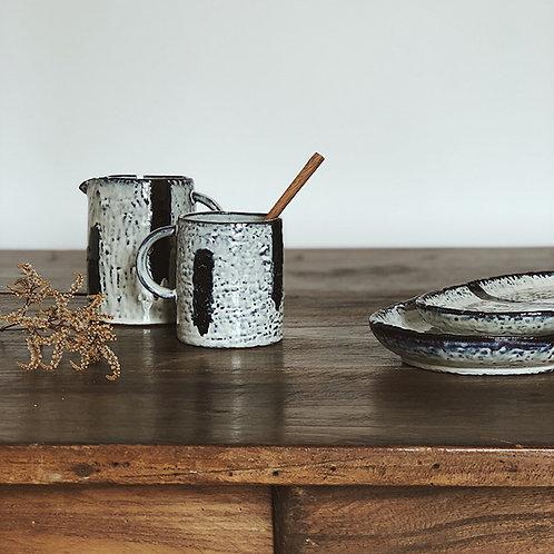 Mug tasse en grès à motifs rayures