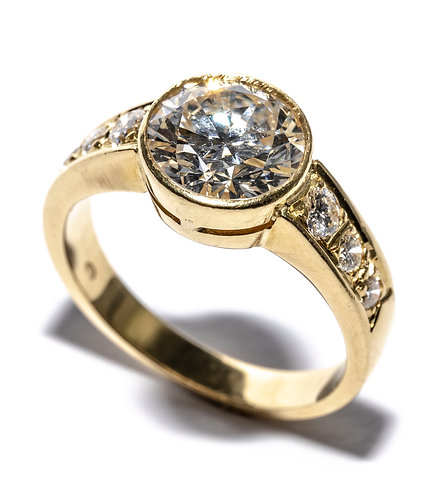Vintage Solitaire Ring 1.937ct