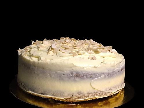 Torta de Zanahoria con Crema de queso y almendras tostadas