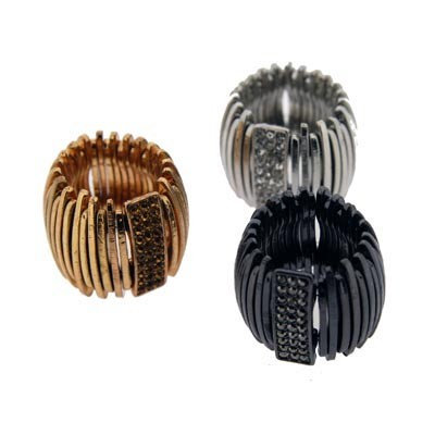 Bold and attractive statement rings