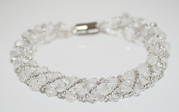 Chiq Crystal bracelet with magnet fastening