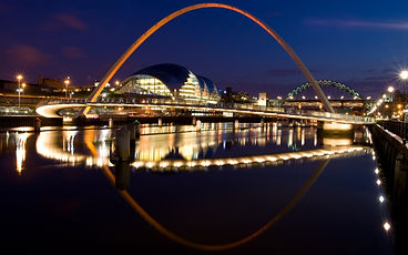 path-light-structure-track-bridge-skylin