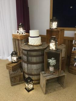 Rustic Cake Table Design