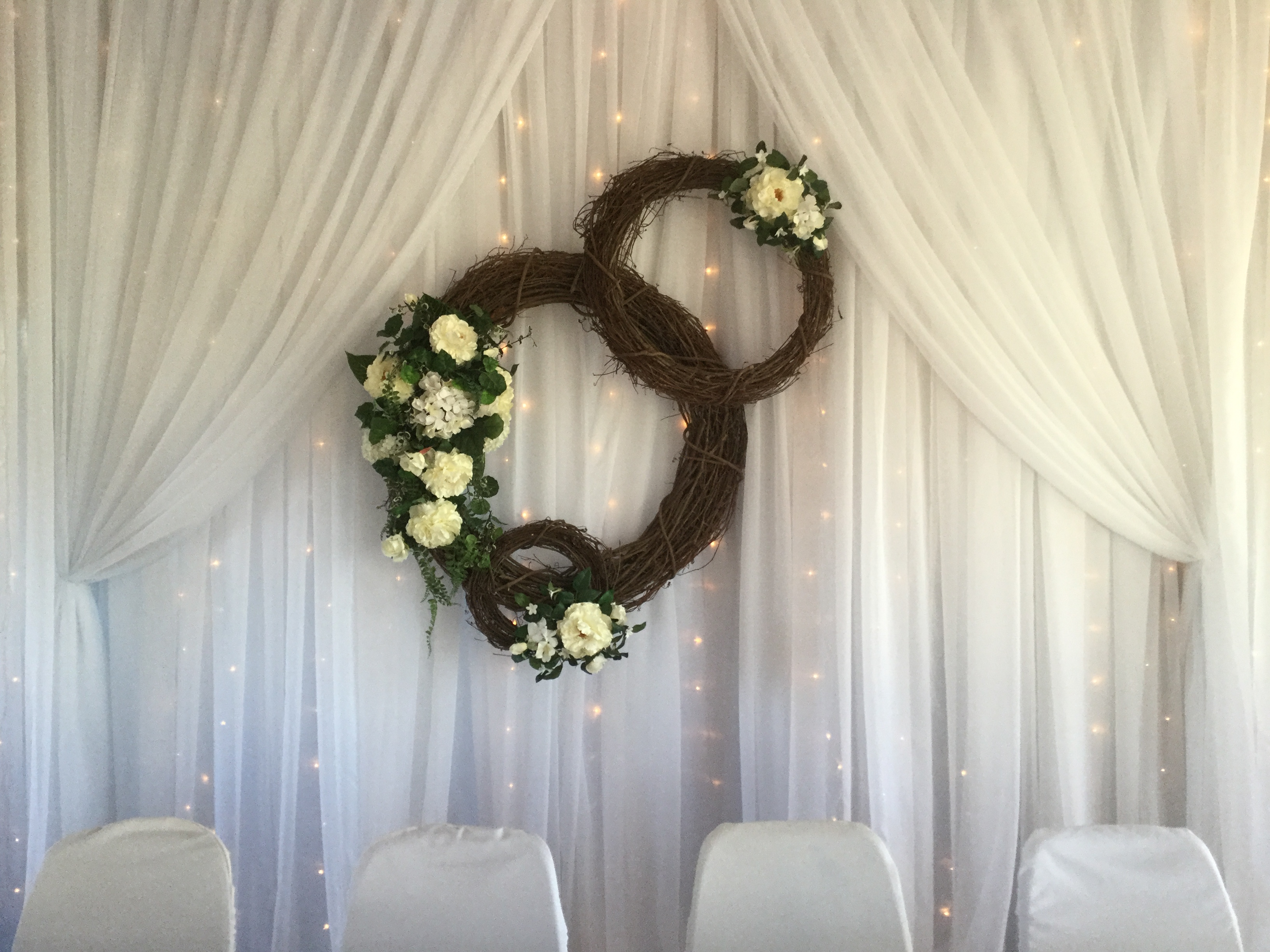 Grape Vine Wreaths Design