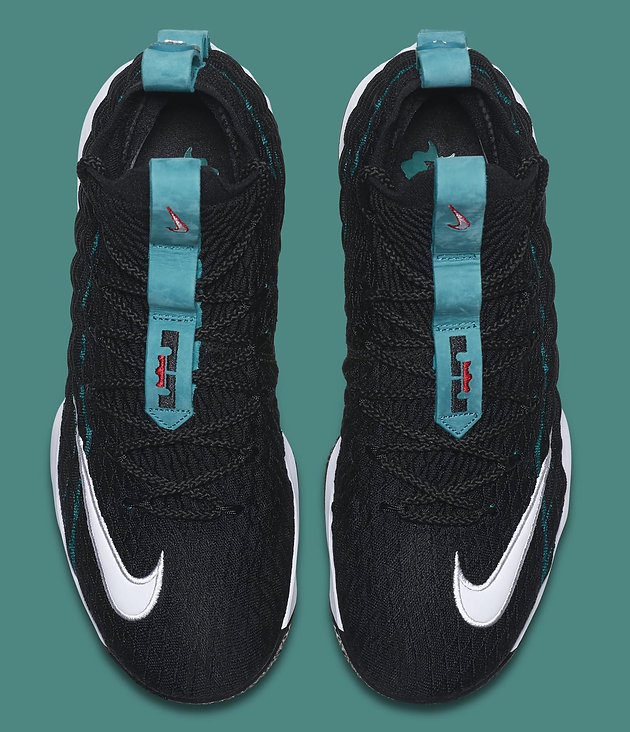 official photos 03122 51031 LeBron James Honors Ken Griffey Jr. With Nike LeBron 15s