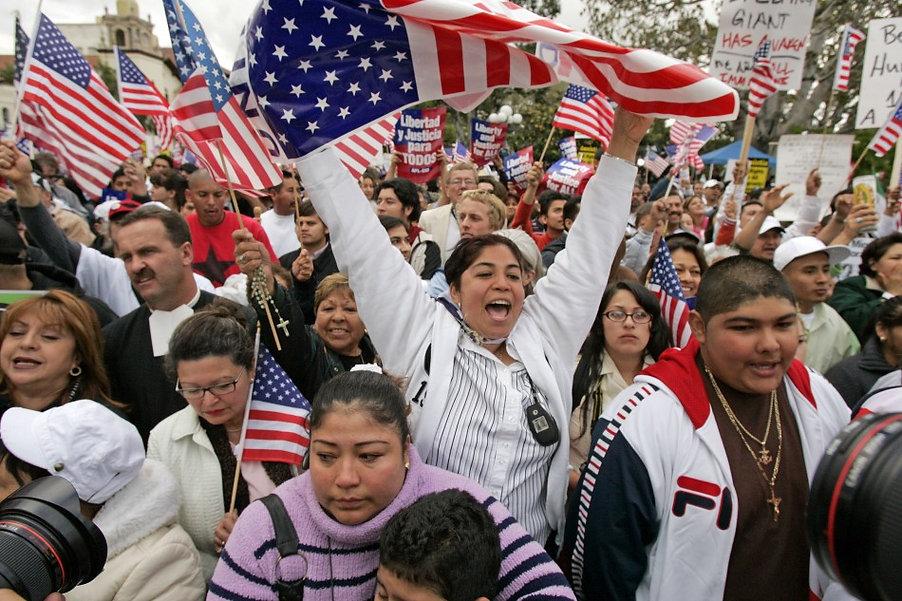 hispanos.jpg