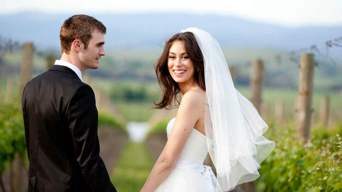 Vantagens e desvantagens de casar em feriado