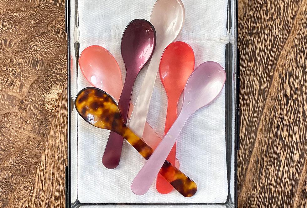 Lepels/koffielepels in de kleur: schildpad/panterprint, zalmroze, bordeaux, oudroze, koraalrood en lila
