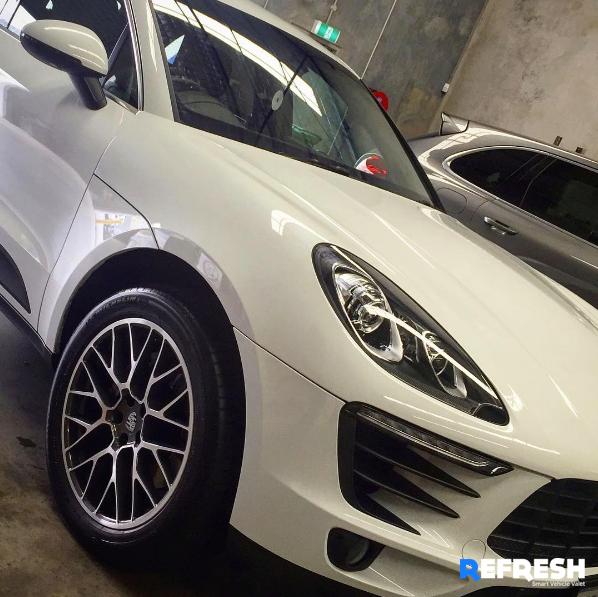 Porsche Carwashing and detailing at my work