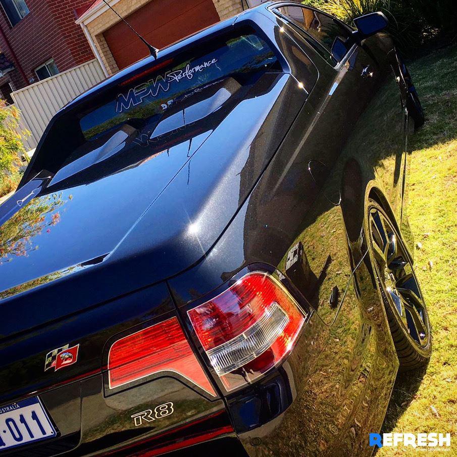 Holden R8 Ute Carwash by Refresh