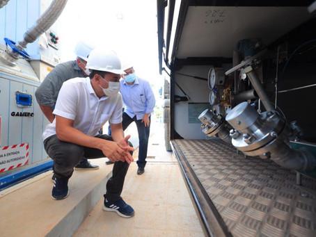 Wilson Lima entrega licença de operação à companhia para exploração de gás natural em Silves