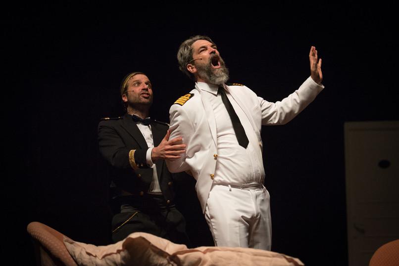 theatre-titanic-lesmoutonsnoirs-12.jpg