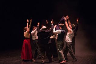 theatre-titanic-lesmoutonsnoirs-09.jpg