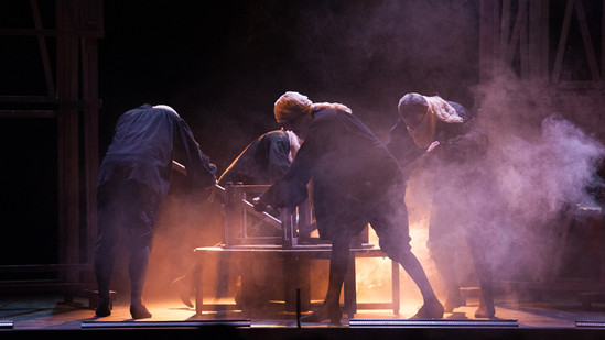 theatre-ruy-blas-lesmoutonsnoirs-03.jpg