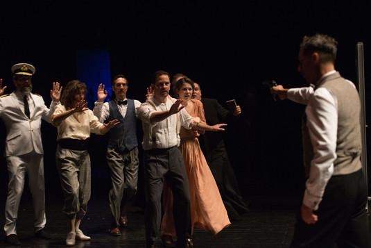 theatre-titanic-lesmoutonsnoirs-13.jpg