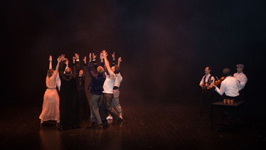theatre-titanic-lesmoutonsnoirs-10.jpg